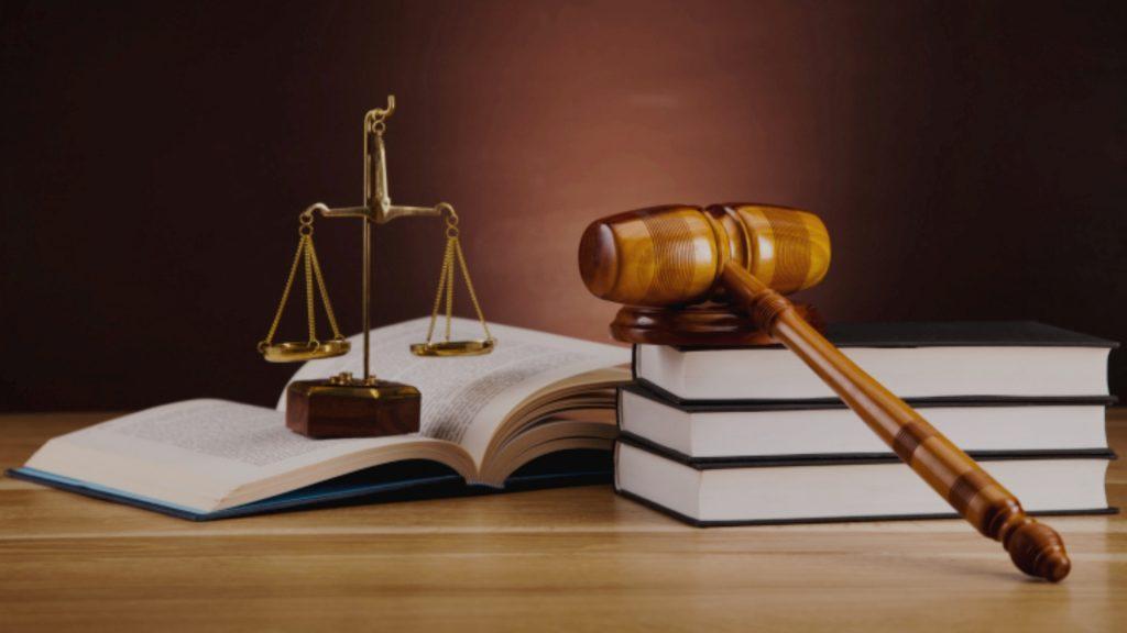 dikhgoriko-grafeio-koumentakis-kai-synergates-law-firm-law-theme